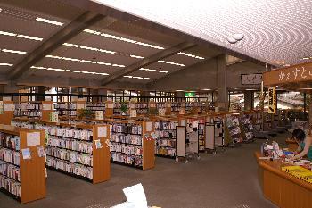 西合志図書館