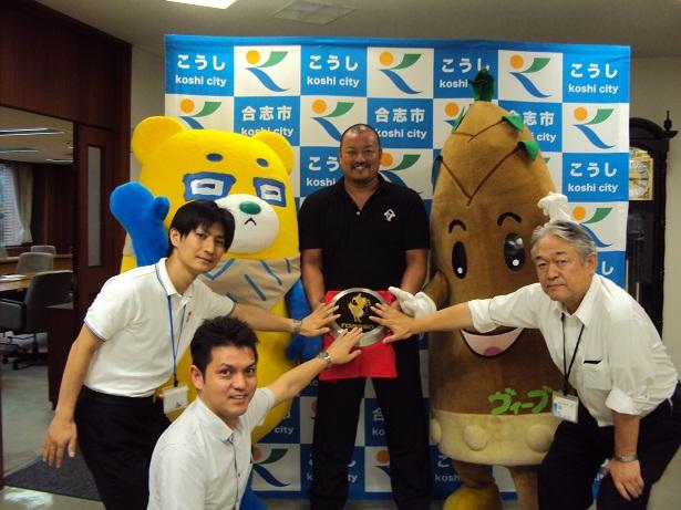 11枚目アッソ熊本の勝利のために祈りを込める儀式