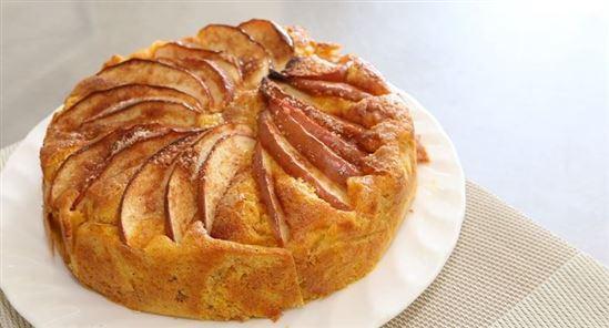 33 健康食レシピ リンゴとニンジンのケーキ